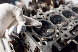 Rebuilding a Cylinder Head Costs
